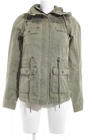 Review Parka khaki Aztekenmuster Casual-Look