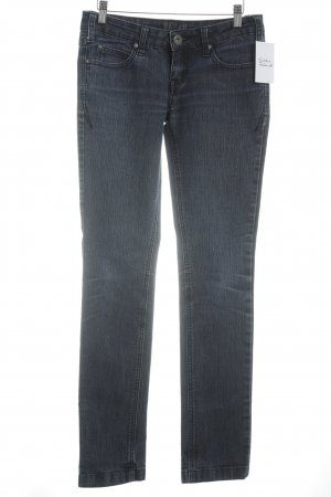 Review Tube jeans donkerblauw casual uitstraling