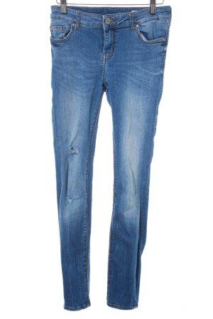 Review Skinny Jeans kornblumenblau Casual-Look