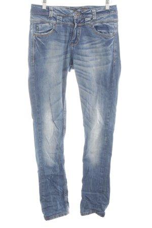 Review Jeans slim bleu fluo-blanc style décontracté