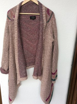 Review Strickjacke tribal Muster