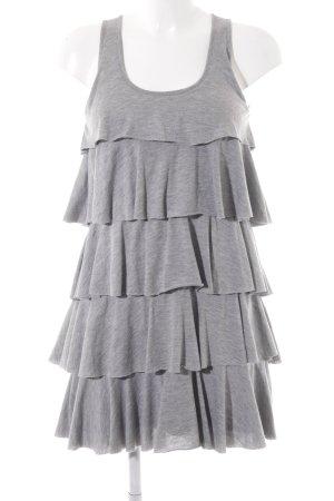 Review Volante jurk lichtgrijs casual uitstraling