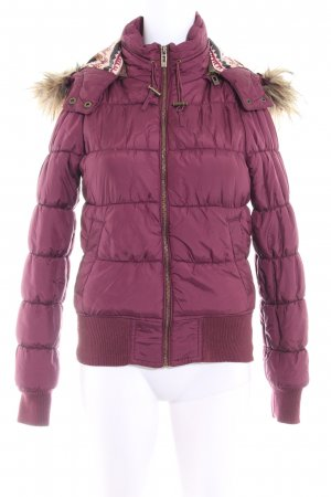 Review Winterjacke purpur Steppmuster Casual-Look