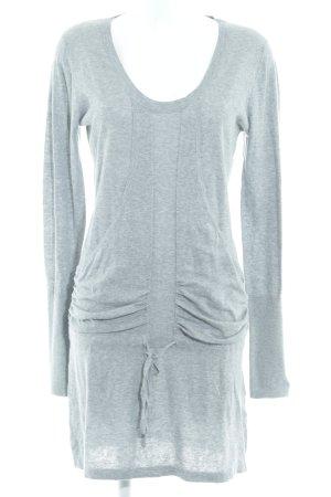 Review Vestido de lana gris moteado look casual