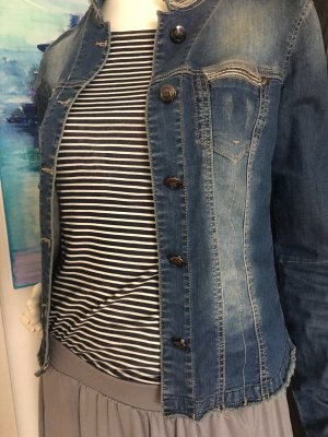Riani Designer Luxus Jeansjacke guess Maxi Rock und Marine Shirt small