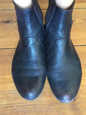 Riccardo Cartillone: Stiefeletten/ Ancle Boots/ Booties, schwarz, Gr. 36