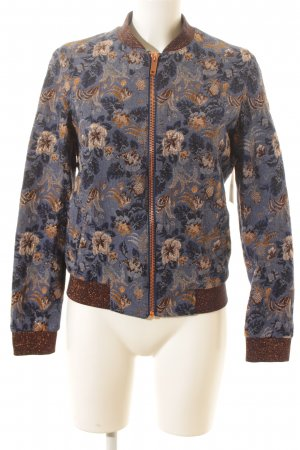 Rich & Royal Bomberjacke florales Muster Street-Fashion-Look