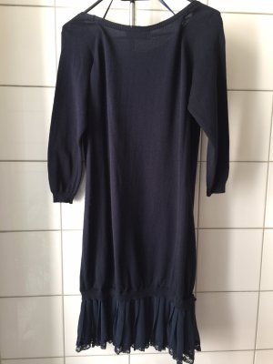 Vestito di lana blu scuro