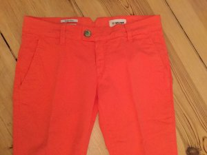 Rich & Royal Chinos bright red