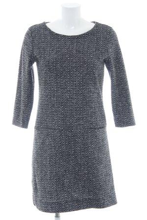 Rich & Royal Vestido de lana negro-blanco puro diseño de espiga look casual