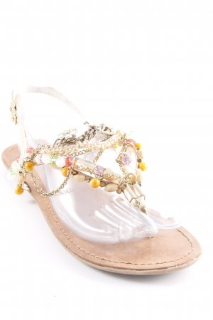 Strapped Sandals flower pattern beach look