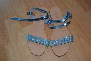 Riemchen-Sandalen der Marke Esprit