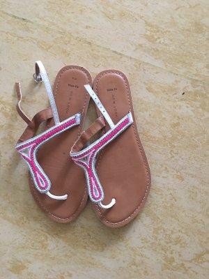 Sandalo con cinturino bianco-rosso neon