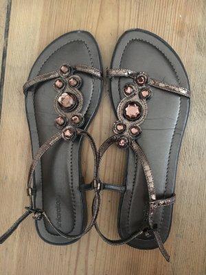Riemchen-Sandalen in Bronze