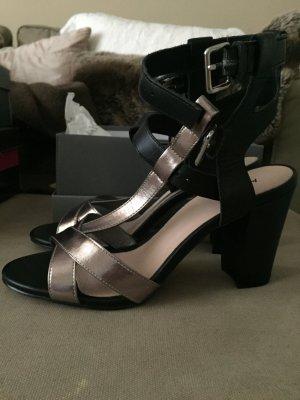 Riemchen Sandalen mit Absatz in schwarz und Silber