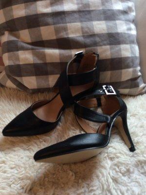 Riemchen Sandalen mit Pfennigabsatz