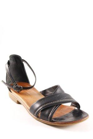 Sandalo con cinturino nero stile casual