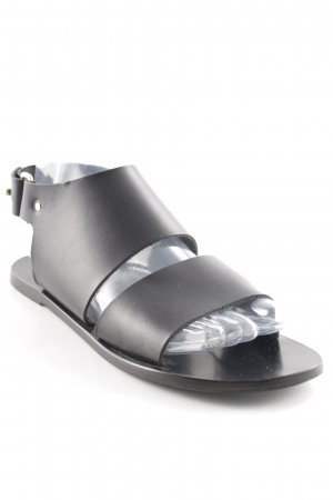 Riemchen-Sandalen schwarz Street-Fashion-Look