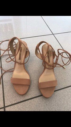 Riemchen Sandalen zum Schnüren