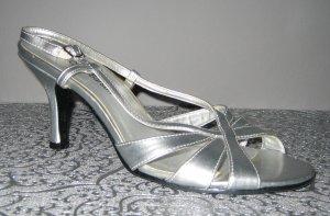 Sandales à talons hauts et lanière argenté faux cuir