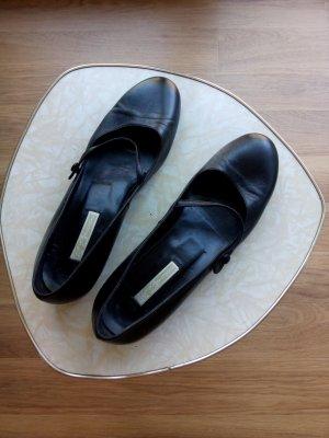 Riemchen Schuhe schwarz klassisch