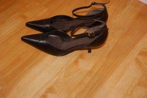 Chaussures brun foncé cuir