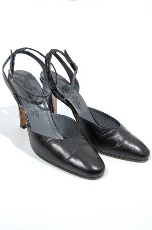 Strapped Sandals black
