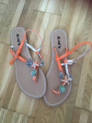 Riemchensandalen in orange mit Strandmotiven