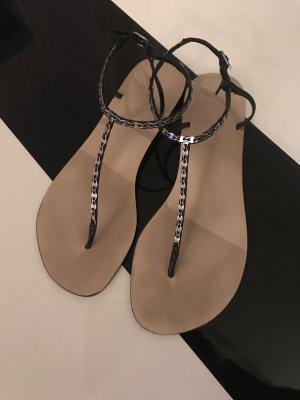 Buffalo Sandalo con cinturino nero-argento