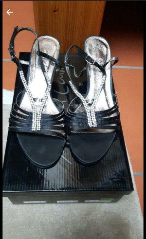 Andrea Conti Sandalen met bandjes en hoge hakken zwart-zilver