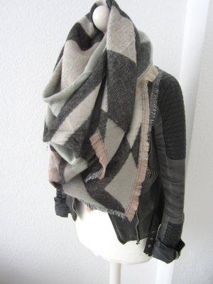 Riesen großer mega kuschliger Schal in mint rosa grau nude
