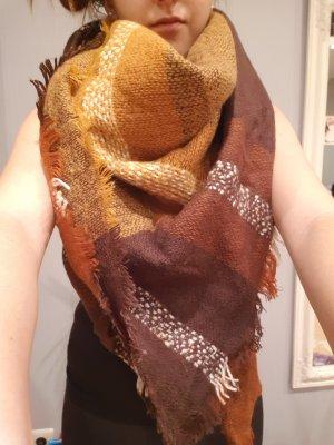 Riesiger Schal