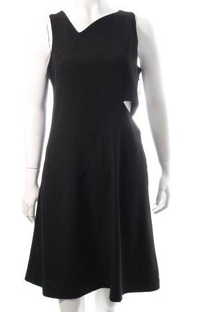 Rika Cut out jurk zwart minimalistische stijl
