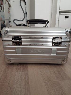 Rimowa Cosmeticabox zilver