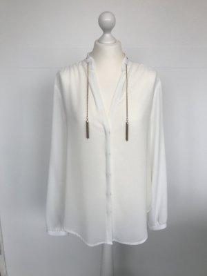 Rinascimento Bluse, weiß und leicht transparent, mit Kette und Perlmutt-Knöpfen