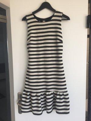Rinascimento Kleid gestreift aktueller Trend einmal getragen