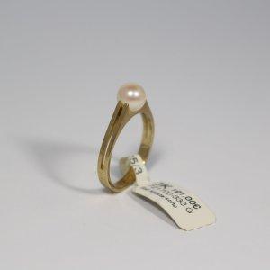 Ring 333 Gelbgold mit Perle ca 5mm. Gr. 53. Neu/Ungetragen. UVP 191€