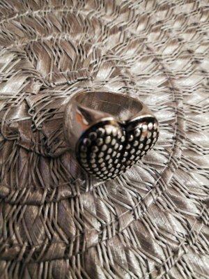 Anillo de cuentas negro-color plata