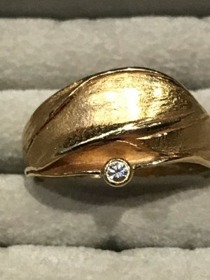 Ring 585/000 Gelbgold, 1 Brillant 0,05 ct, Design ARS,