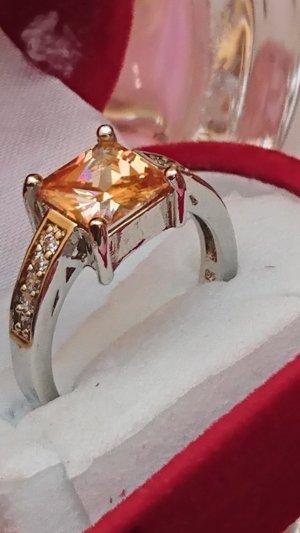 Ring  aus 925 Silber mit Zitrin Zirkonia facetiert Gr .18