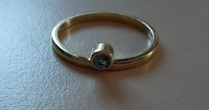 Ring aus 925er Sterlingsilber mit Schmuckstein, vergoldet