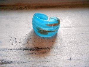Ring Glas Hellblau Gold Gr. 18mm