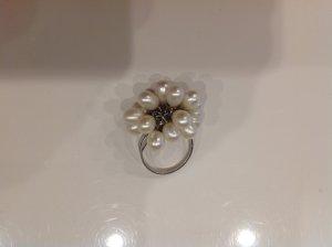 Ring Gr. 8 mit beweglichen Perlen
