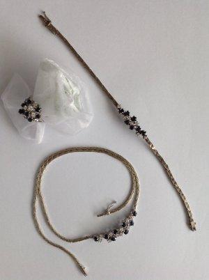 Ring, Kette und Armband, Weißgold, mit kleinen Smaragden und Brillantsplittern