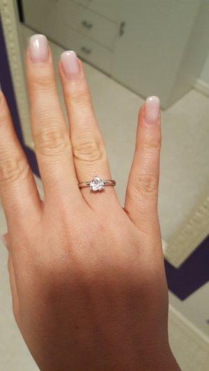 ring mit herzförmigen Stein herz echt Silber von Esprit