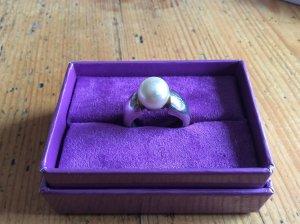 Ring mit Perle Größe 17 bzw. 54