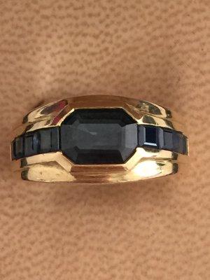 Ring mit Saphiren in 18 Karat Gelbgold, RG 55