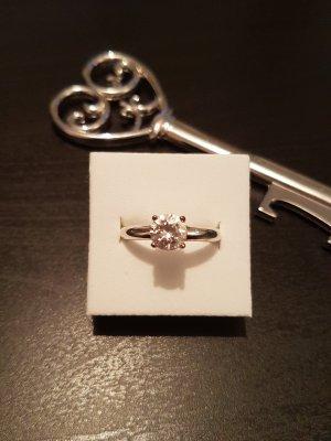 Ring von Esprit mit grossem Stein