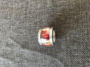 Ring von M&M in der Größe 54