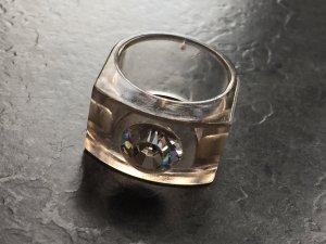 Ring von new one